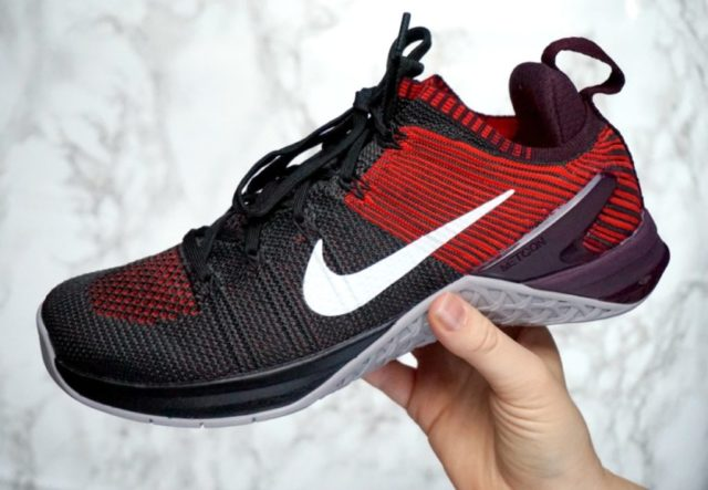 Nike Metcon DSX Flyknit 2 sideview.